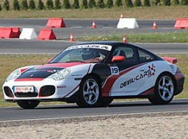 Wynajem Porsche na tor wyścigowy – zalety