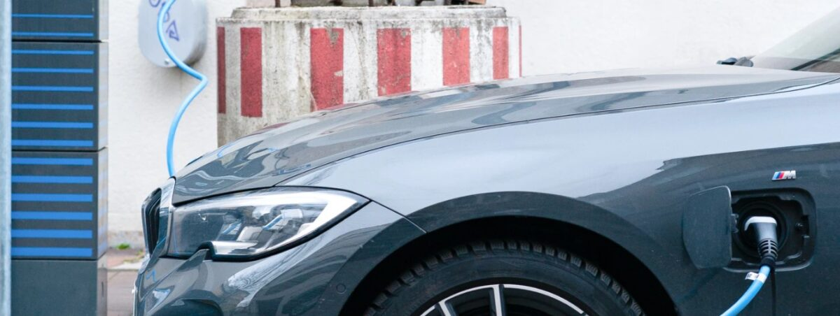 Czy można stworzyć własną stację ładowania samochodów elektrycznych?
